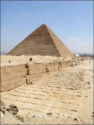 Building The Pyramids Ramps Engineering Feats Materials And Quarrying And Cutting The Stones