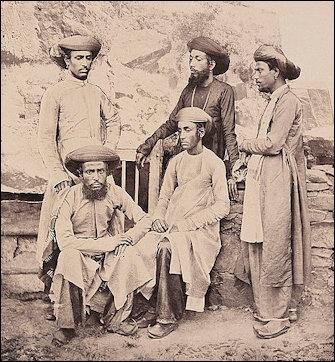 JEWS IN INDIA: BENE ISRAEL JEWS, COCHIN JEWS AND MAYBE A
