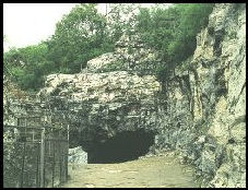 20080211-1140 pkm-upper cave world heritage.jpg