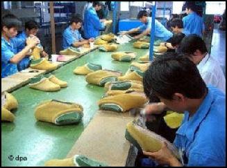 7cd12f9292ed5 20080315-Shie Fatcory China Labor Watch2298.jpg