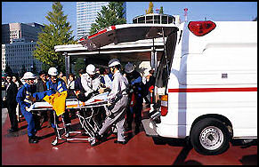 20100502-AMBULANZ06 japan-photo.de.jpg