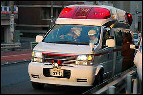 20100502-AMBULANZ15 japan-photo.de.jpg