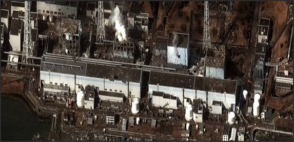 20110413-Fukushima_I_by_Digital_Globe_2 333.jpg