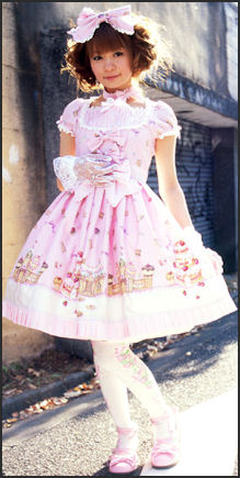 20111025-Lolitafashion.org  sweet2.jpg
