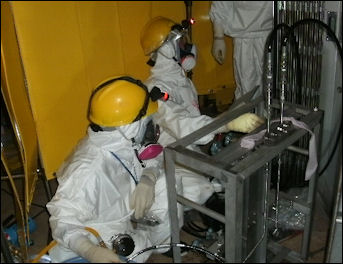 20111101-Tepco working 110604_11.jpg
