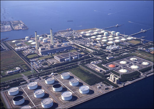 20111101-tepco thermal power sodegaura 11-04a.jpg
