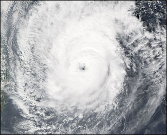 20111106-wiki C typhoon Durian_03_dec_2006_0530Z.jpg