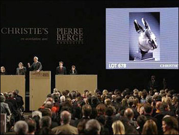 20111121-asia news CHINA_CHRISTIES_AUCTION.jpg