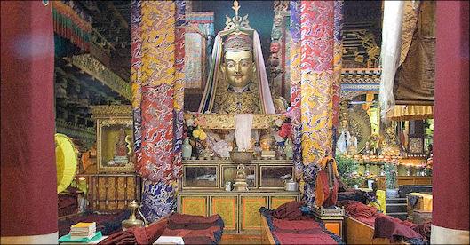 20111126-800px-IMG_1026_Lhasa_Jokhang.jpg