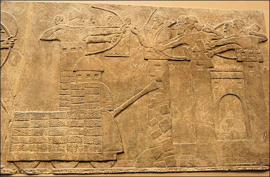 mesopotamian and assyrian warfare and weapons facts and details