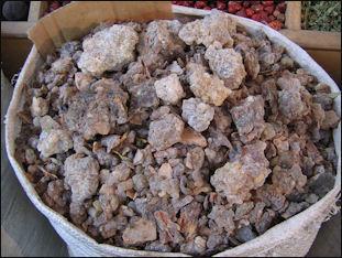 20120210-frankincense_at_Dubai_spice_souk.jpg