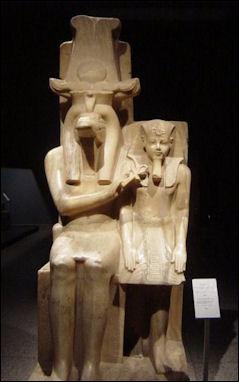 20120211-Amenhotep_III_and_Sobek1.jpg