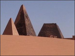 20120214-Nubia_pyramids1.JPG