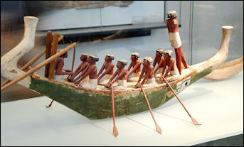 20120216-Egyptian_barque_model_Louvre.jpg