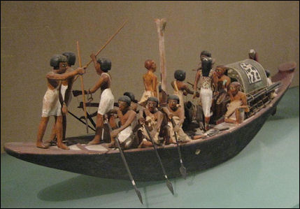 20120216-Egyptian_model_boat_(Amenemhet_I).jpg