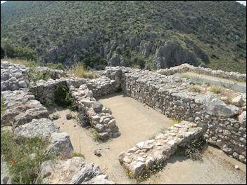 20120217-Mycenaean_Ruins_1227.jpg