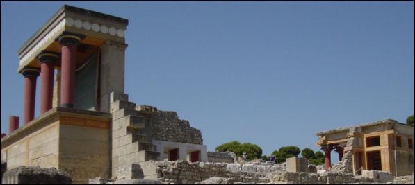 20120220-Minoan_Palace._Ruins_of_Knossos.jpg