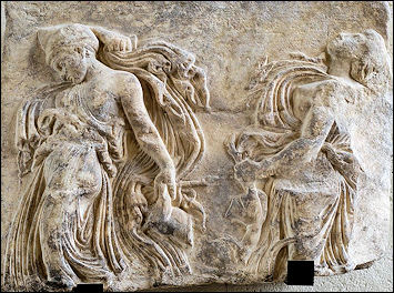 20120221-Dancing_maenads_Louvre_Ma3.jpg