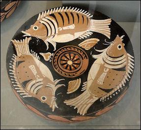 20120221-Fish_plate_Antikensammlung_Berlin.jpg