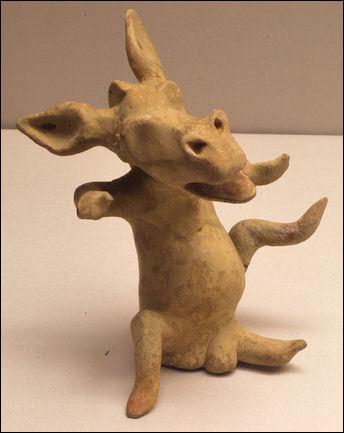 20120222-actor_as_donkey_5th_century_BC_Staatliche_Antikensammlungen_01.jpg