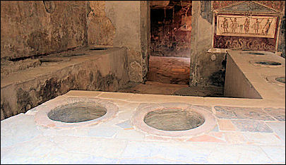 20120227-Food Ancient_Bar_(Pompeii).jpg