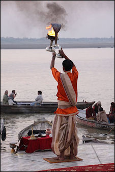 20120502-Aarti fire _of_the_Ganges_ghats_of_Varanasi.jpg