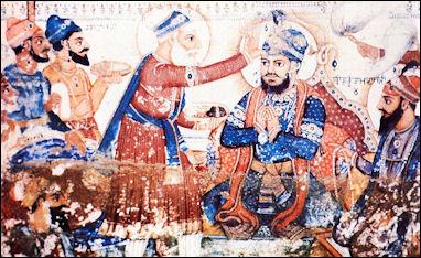 20120502-Guru_Arjun_Dev_being_pronounced_fifth_guru.jpg