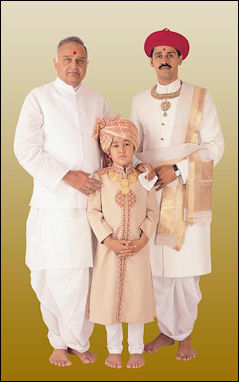 20120502-Swaminarayan_Dharmavanshi_Acharya.JPG