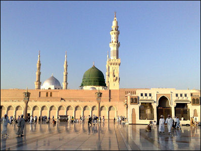 MUHAMMAD'S FLIGHT TO MEDINA, RETURNS TO MECCA AND DEATH