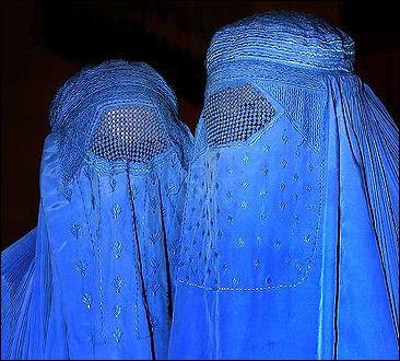 20120510-Burqa_Afghanistan_01.jpg