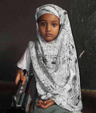 20120510-HijabLittle_Somali_girl.jpeg