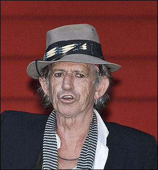 20120528-800px-Keith_Richards_Berlinale_2008.jpg