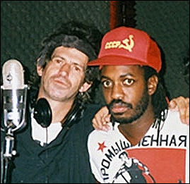 20120528-Keith_Richards_and_Steve_Jordan_Talk_Is_Cheap_recording_1988.jpg