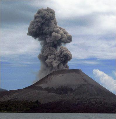 20120529-KrakatoaIndonesia_Sunda_Straits.jpg