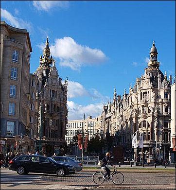 20120530-Antwerp_diamond_district_-_street_view.jpg