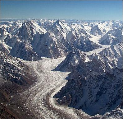 20120530-Baltoro_glacier_from_air.jpg