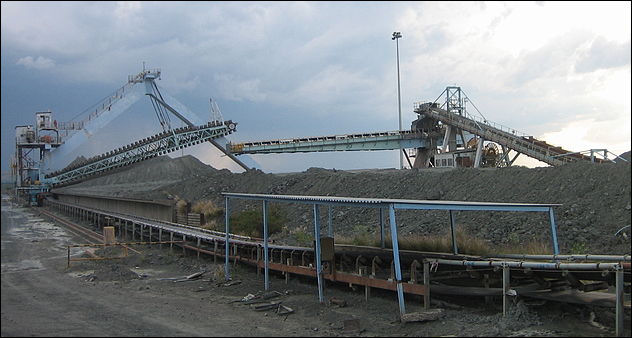 Mine_de_diamants_de_Cullinan.jpg minería 20120530-Diamond