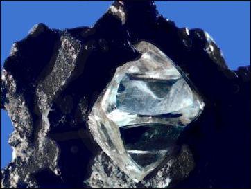20120530-Rough_diamond.jpg
