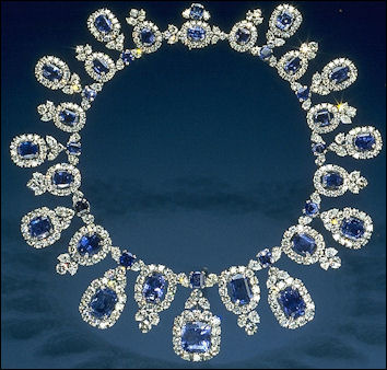 20120530-sapphire -Hall_Sapphire_and_Diamond_Necklace.jpg