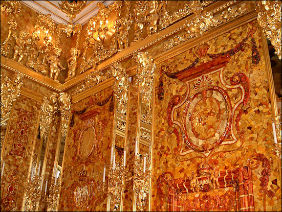 Amber history fossils and the amber room facts and details - La chambre d ambre photos ...