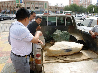 20120531-jade Blocks of jade in back of truck Khotan.jpg
