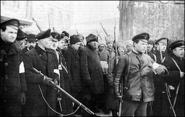 20120710-BolshevikPatrol_of_the_October_revolution.jpg