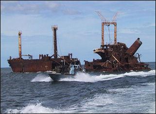 20120710-LTTE_Sea_Tigers_attack_vessel_by_sunken_SL_freighter.JPG