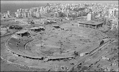 20120711-800px-Lebanon_PLO_ammunition_stadium_1982.jpg