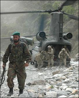 20120711-Tora_boraAfghanistan_and_American_soldiers_in_Tora_Bora.jpg