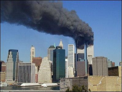 20120713-800px-WTC_smoking_on_9-11.jpeg