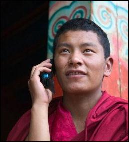 20080313-Monk-Using-Cell-Phone-in-Qiangbalin-Temple-Chamdo-Tibet-Chin.jpg