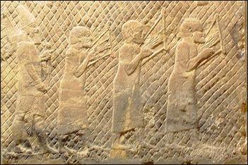 20120208-AssyrianPrisonersLyresBritishMuseum.JPG