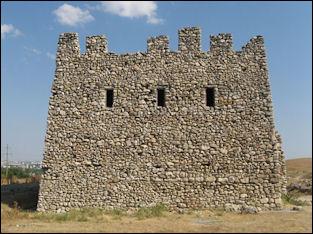 20120210-Scythian_Neapolis_Mausoleum.jpg