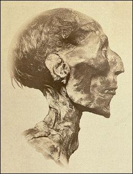 20120212-Ramses_II_-_The_mummy.jpg